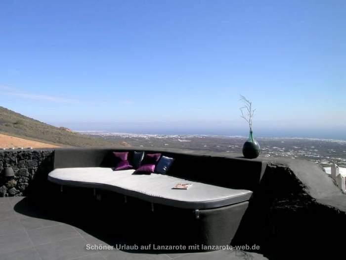 bilder f r einzigartige lichtdurchflutete luxusvilla mit traumblick aufs meer 1043325. Black Bedroom Furniture Sets. Home Design Ideas